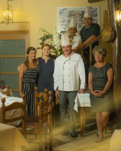 L'équipe du restaurant la Terrasse propose une cuisine créative, où la richesse d'une cuisine traditionnelle française est à l'honneur, et goûtez à notre cave des meilleurs crus. Un cadre agréable et un accueil chaleureux vous attendent pour votre plus grand confort.