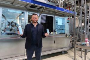 Nouvelle eau française avec un emballage éco-responsable